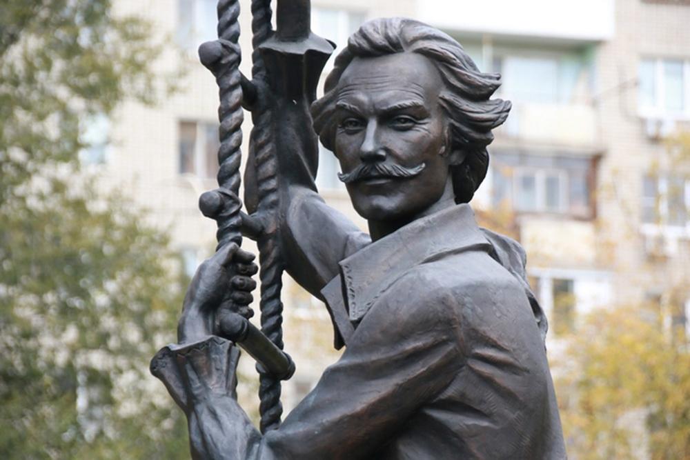 Памятные места Саратова связанные с Олегом Янковским