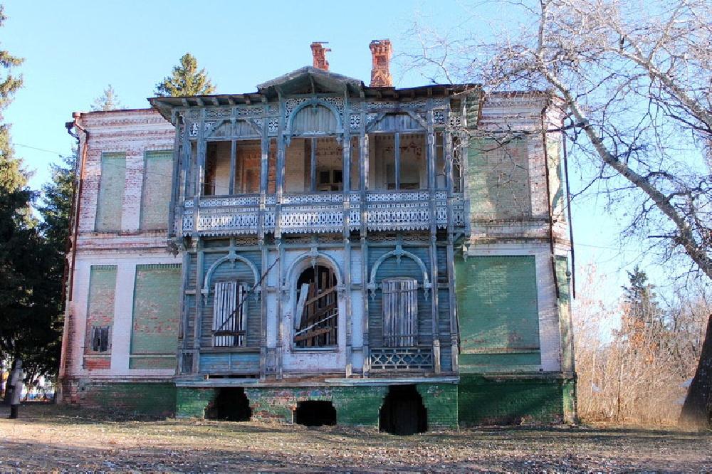 Старинные усадьбы и приусадебные парки Саратовской области