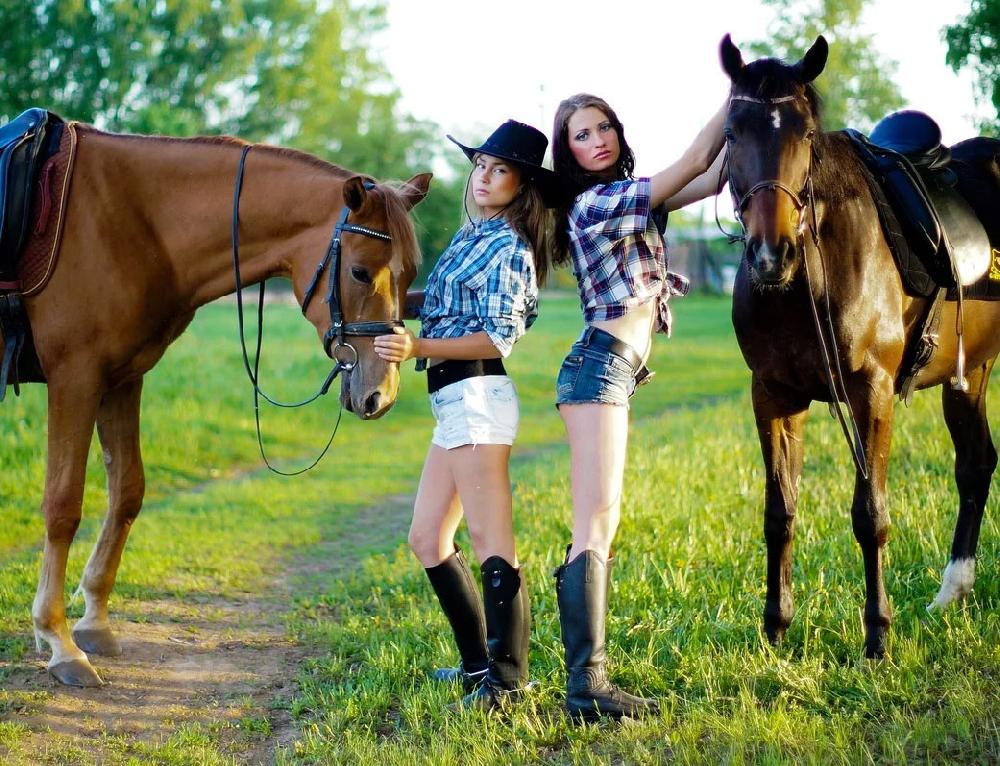 Прогулки на лошадях в Саратове и конные клубы Саратова