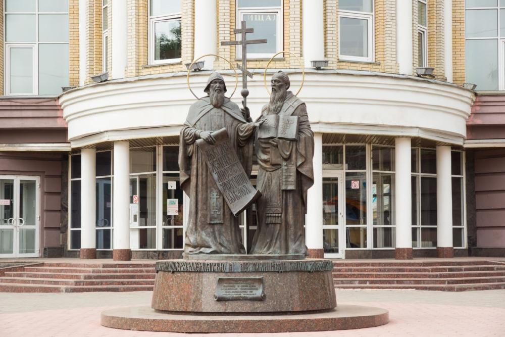 Исторические и современные памятники Саратова