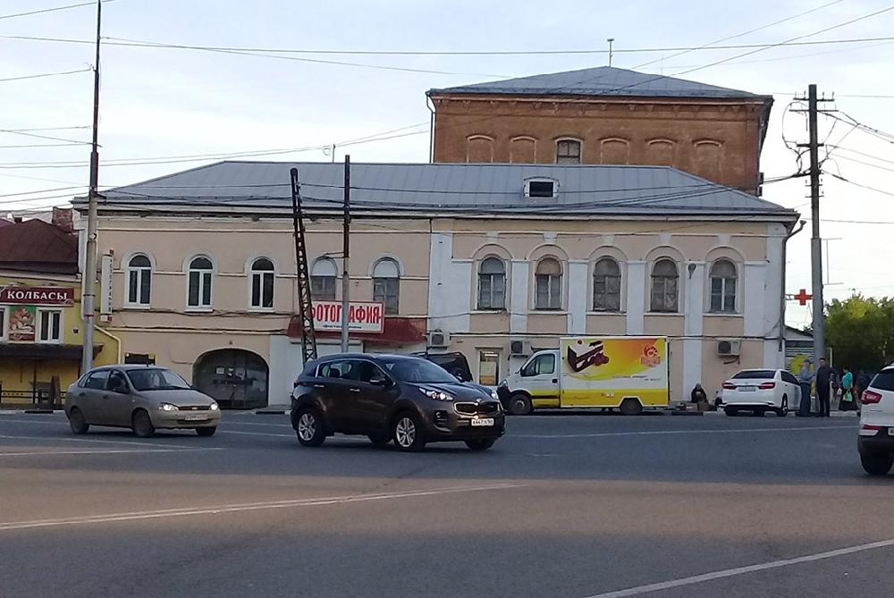 Дом жилой (образцовый фасад)