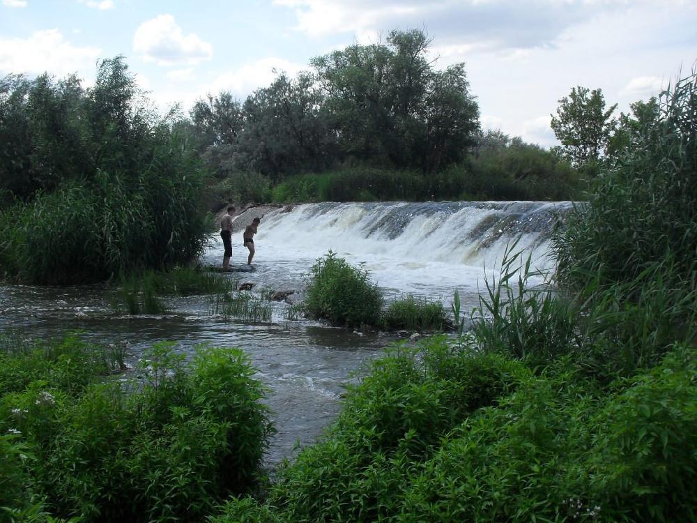 Большеузинский водопад