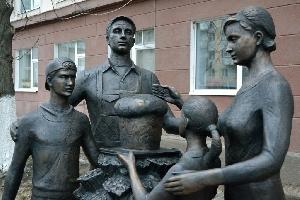 Современные памятники и арт-объекты Саратова