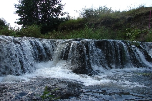 Водопад на реке Камзолка
