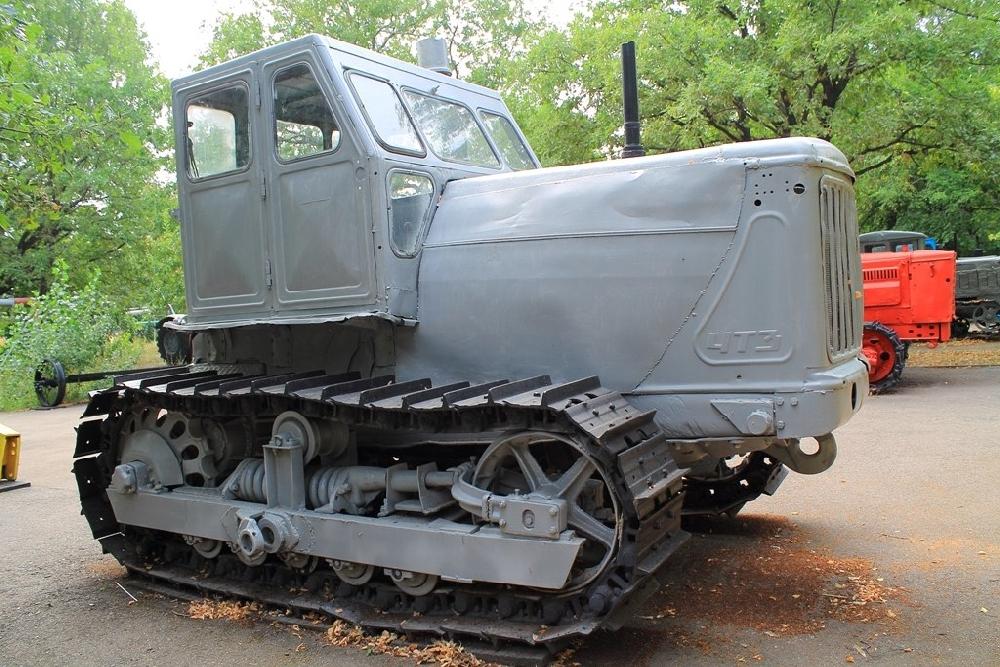 Трактор С-100 «сотка»