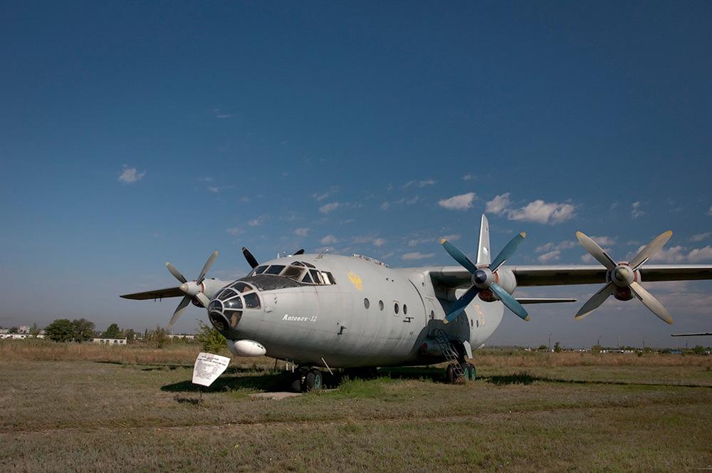 Транспортный самолёт Ан-12БП