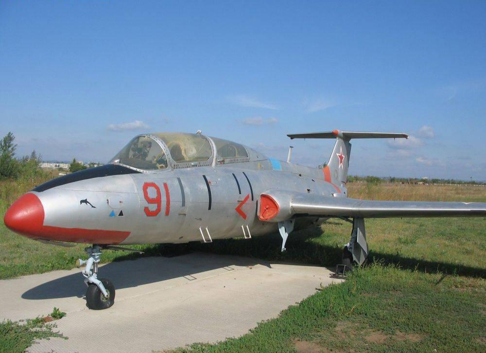 Л-29 «Дельфин»