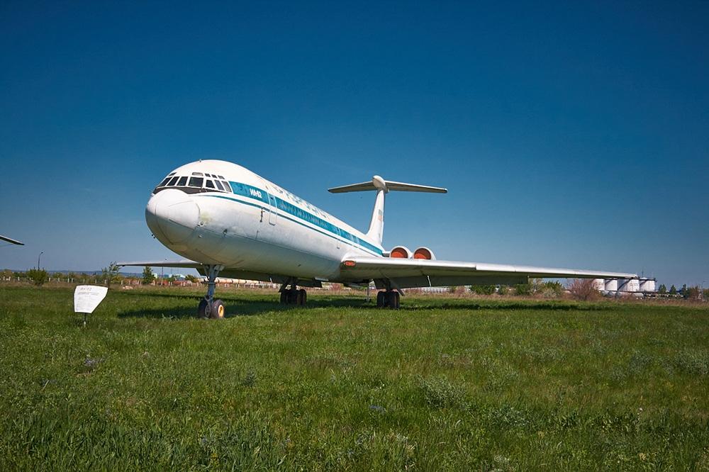 Дальнемагистральный пассажирский самолёт Ил-62
