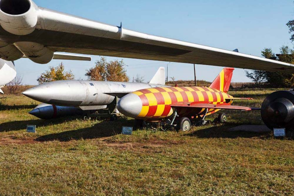 Противокорабельная ракета КСР-2