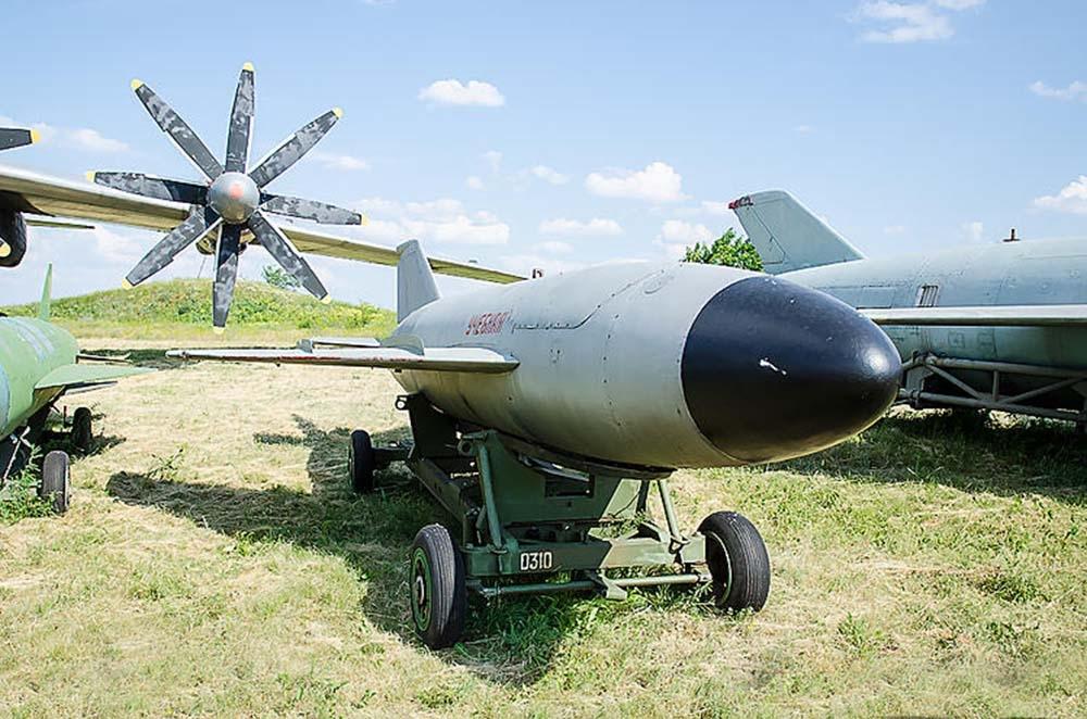 Противорадиолокационная крылатая ракета КСР-11