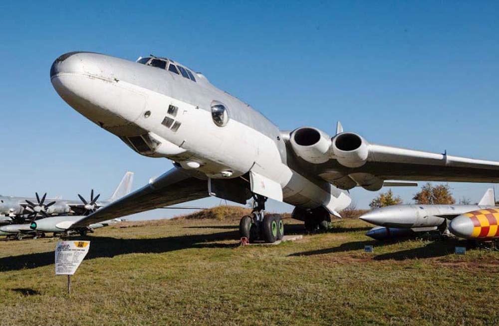 Крупнейший в мире самолет-заправщик 3МС-2