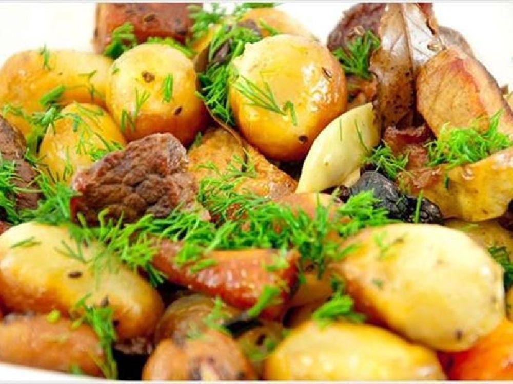 Шашлык из мяса и картофеля