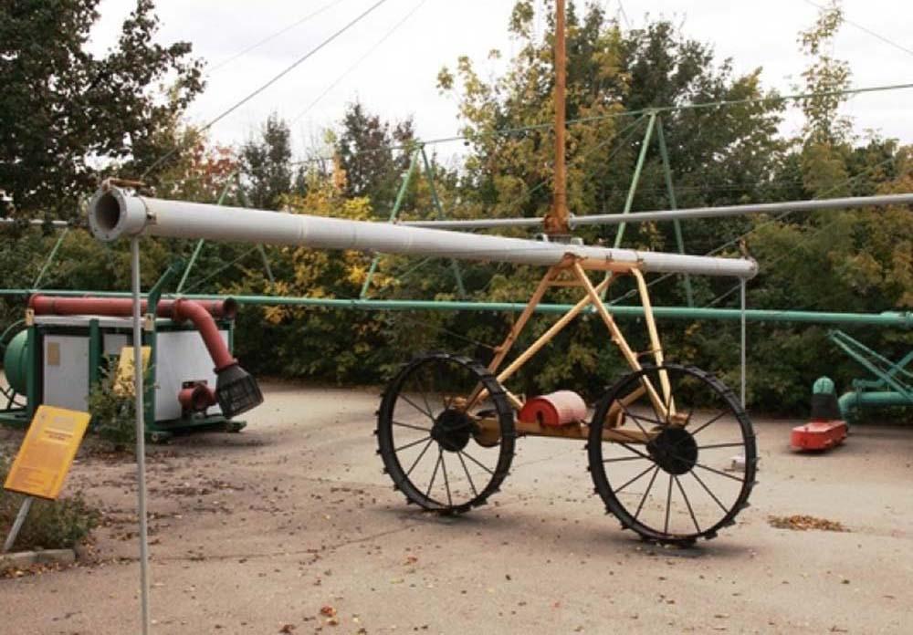Дождевальная машина ДФ-120 «Днепр». Фрагмент