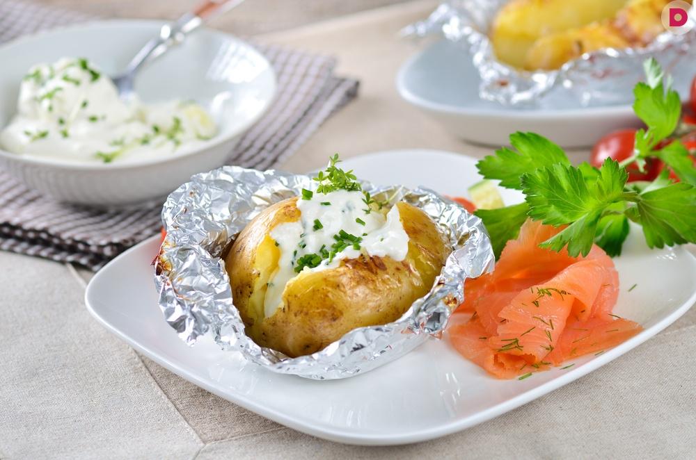 Картошка с сыром на мангале