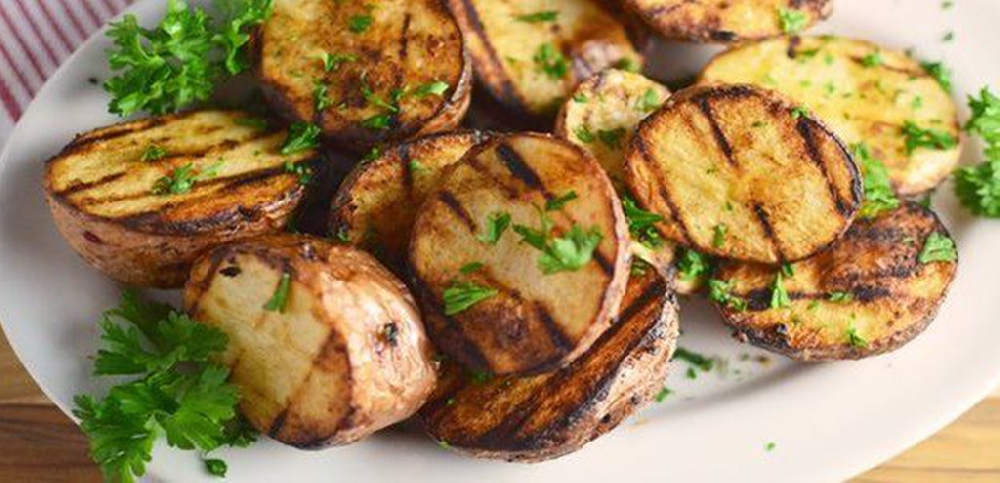 Картофельные мега чипсы на решетке