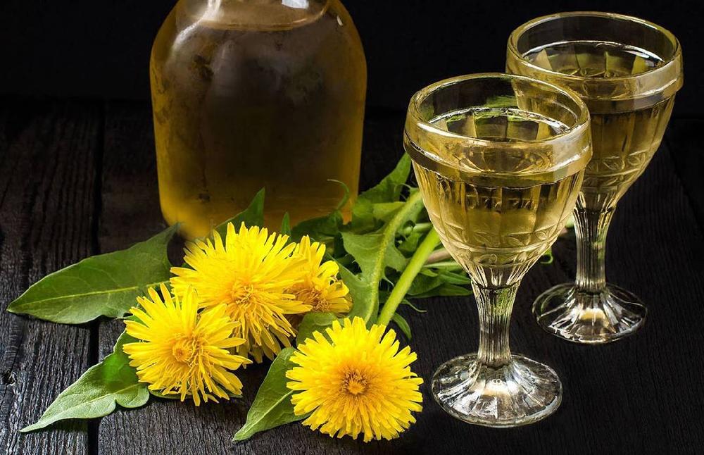 Цветочное вино из белой акации