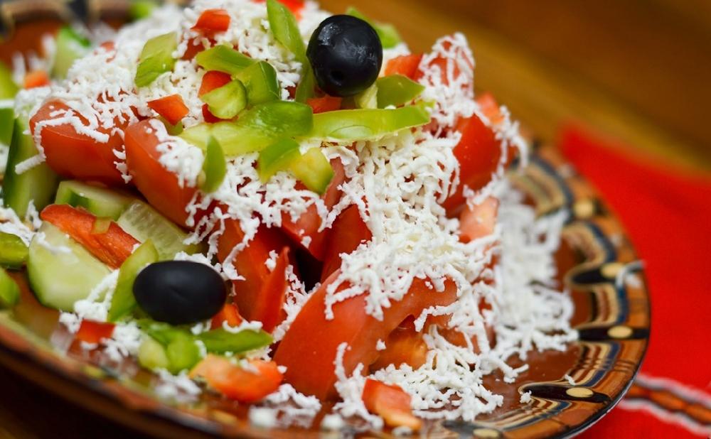 Шопский болгарский салат