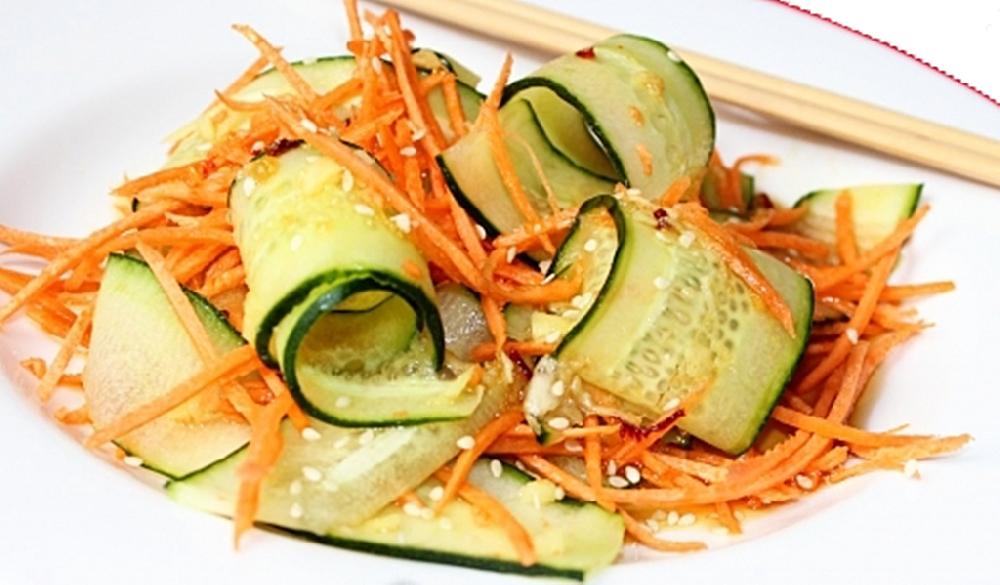 Овощной тайский салат