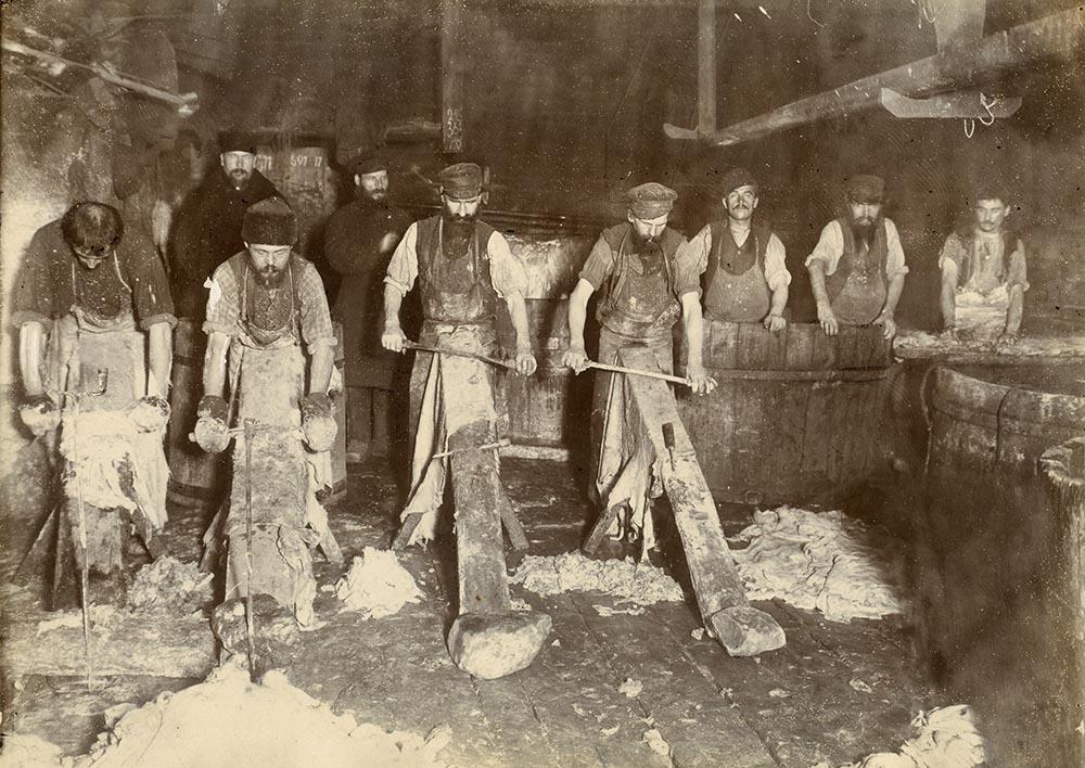 Кожевенный промысел в Саратовской губернии