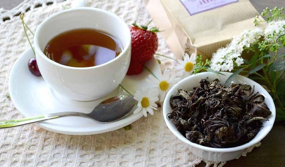 Чай из ферментированных листьев таволги