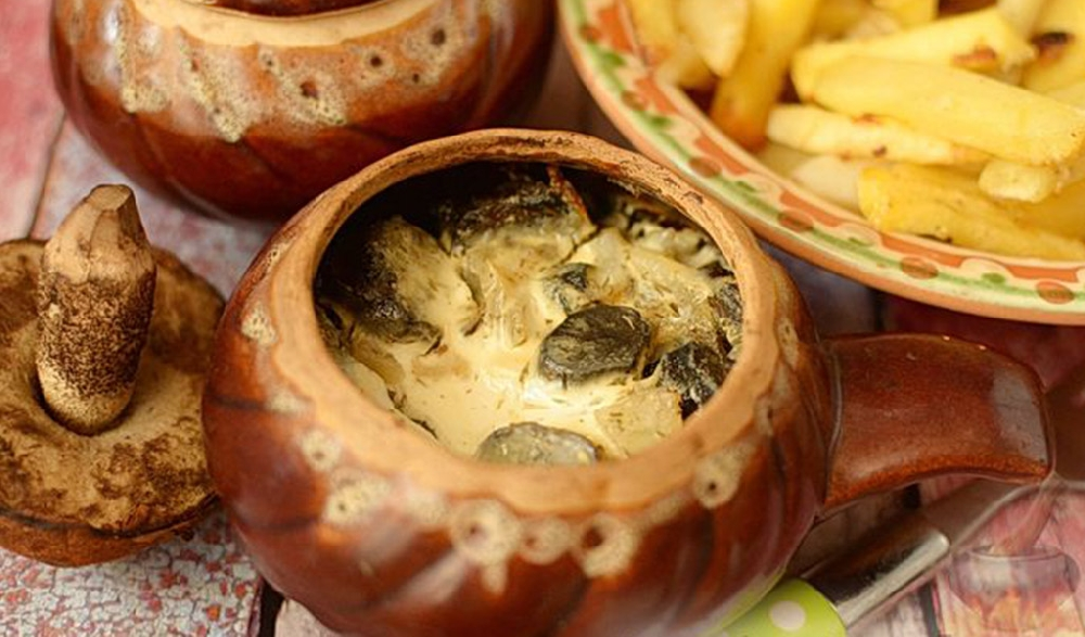 Жюльен из маслят со сметаной