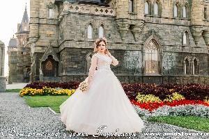 Ваш фотограф у замка Гарибальди - www.amostovoi.ru
