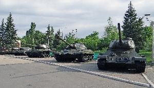 Т-34-85, ИС-3, ИС-2, Т-10, Т-34-85