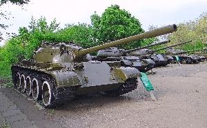 57.Средний танк Т-54