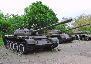57.Средний танк Т-55