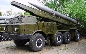 Самоходная пусковая установка 9П113М с ракетой 9М21 тактического ракетного комплекса 9К52 «Луна-М»