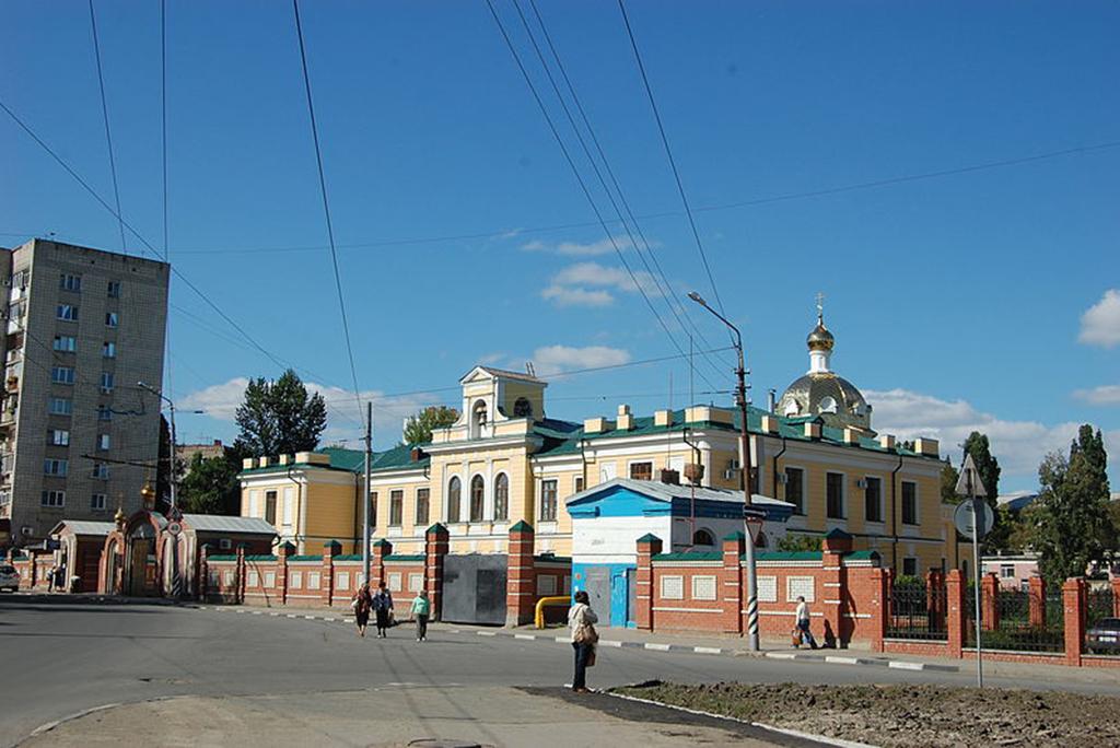 Здание церкви-школы Рязано-Уральской железной дороги