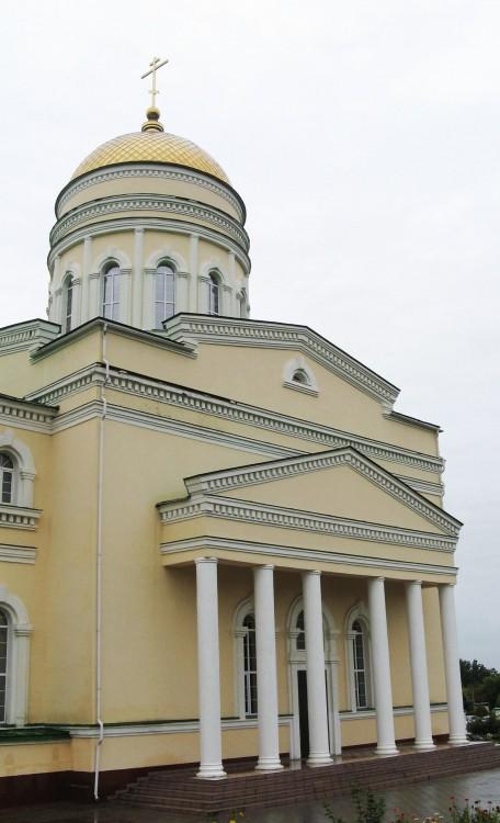 Кафедральный собор Живоначальной Троицы