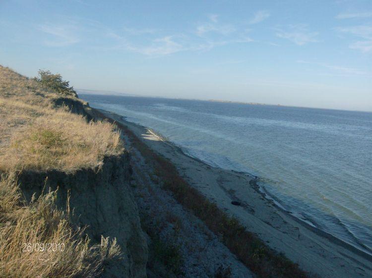 Каменистый пляж