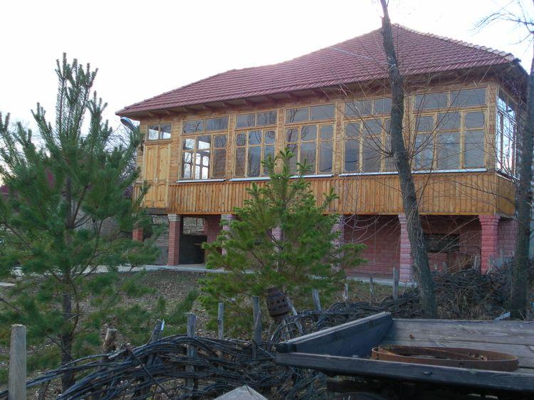 """Грузинский двор """"Пацха"""" в Национальной деревне"""
