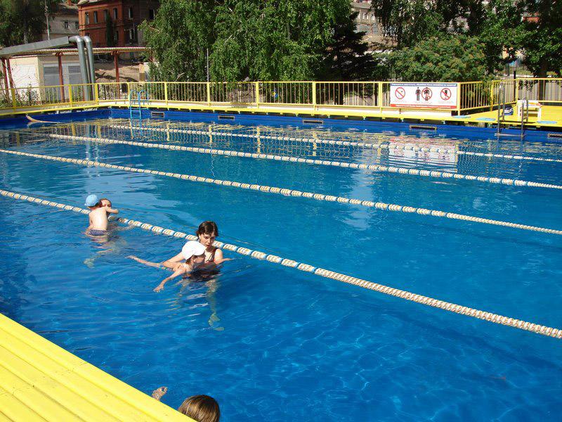 Открытый летний бассейн «Юность»