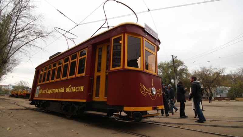 """Экскурсинонный трамвай """"Яша"""""""
