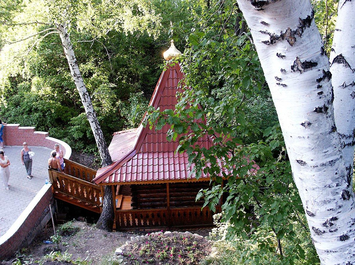 Святые родники и источники с купелями Саратовской области