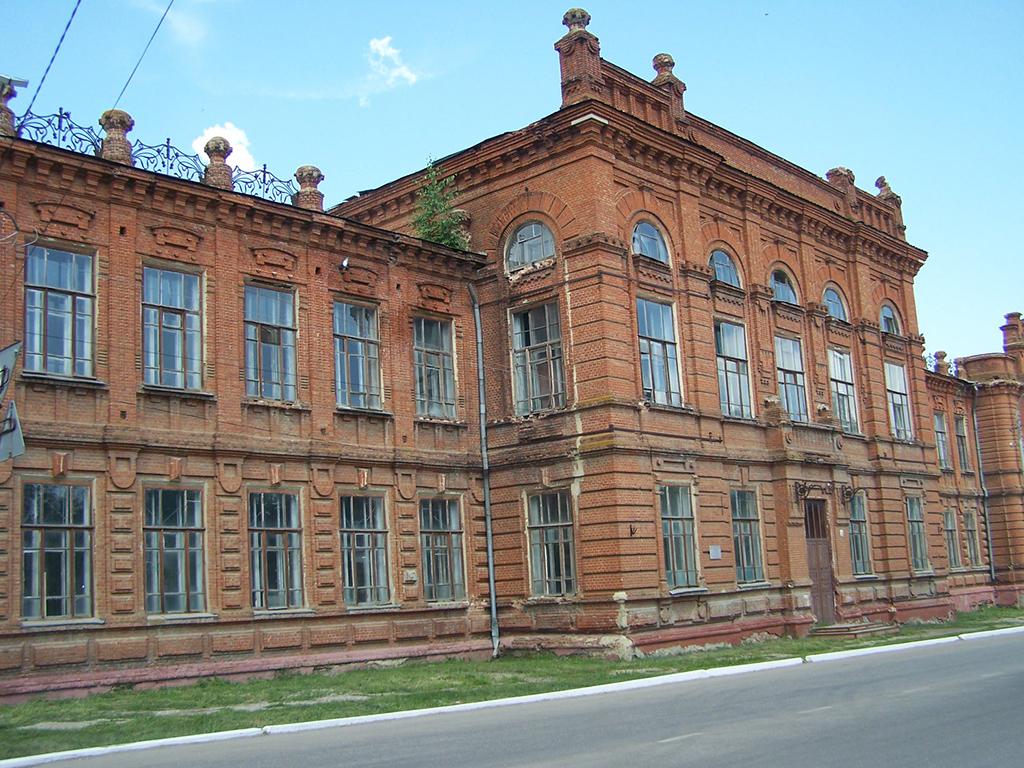 Здание бывшей Алексеевской женской гимназии