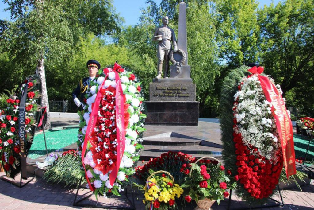 """Памятник """"Воину-освободителю"""""""