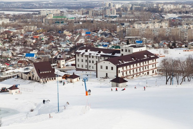 Горнолыжная трасса парк-отеля «Вишневая Гора»