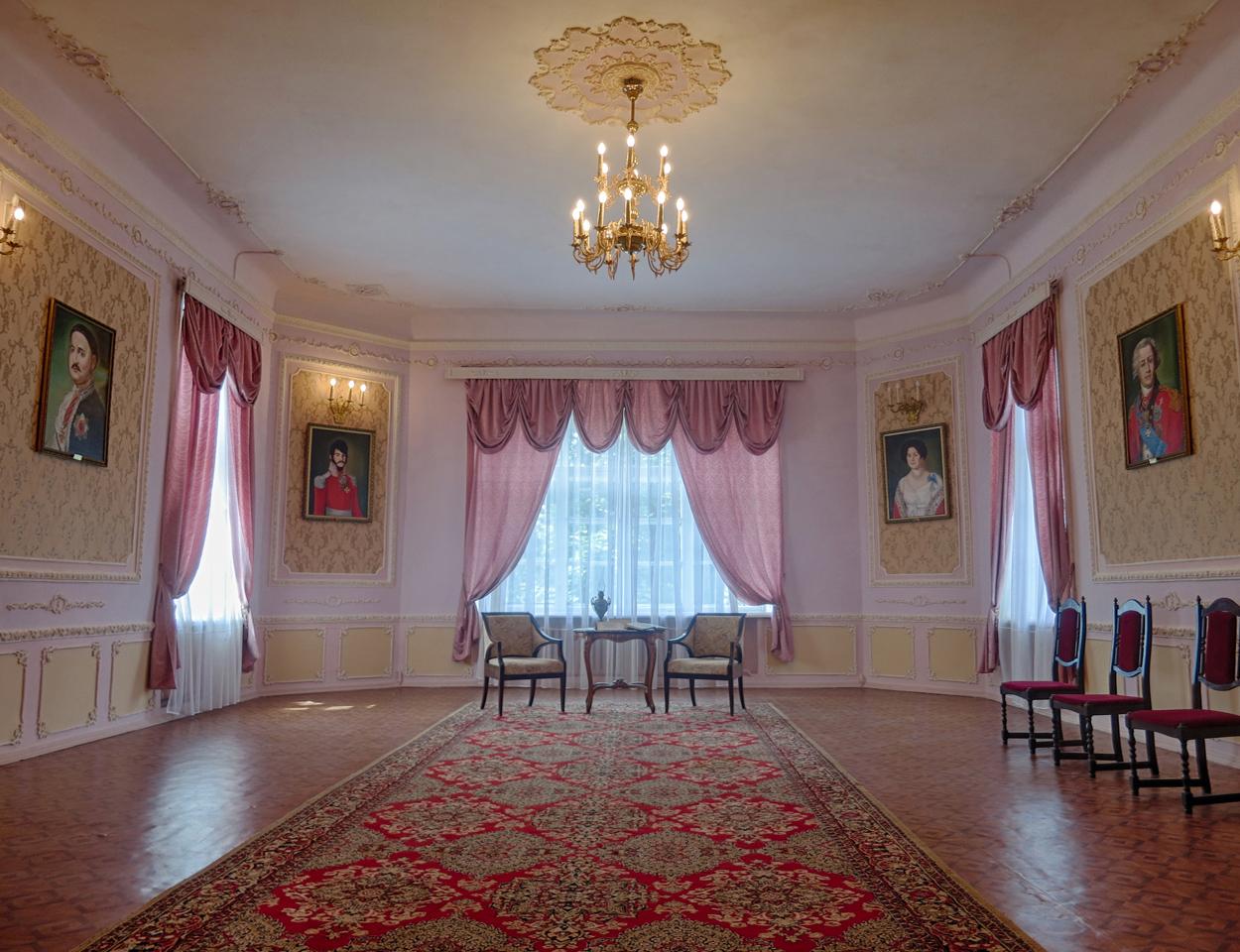 Музей-усадьба графа Орлова-Денисова
