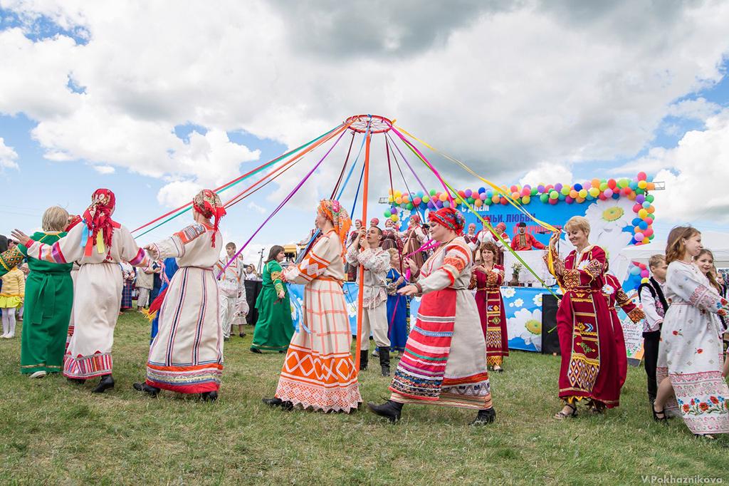 День семьи, любви и верности в селе Лох