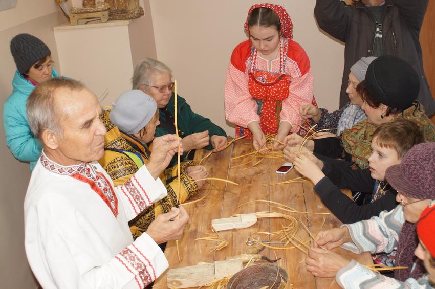 Музей лаптя и чувашское подворье