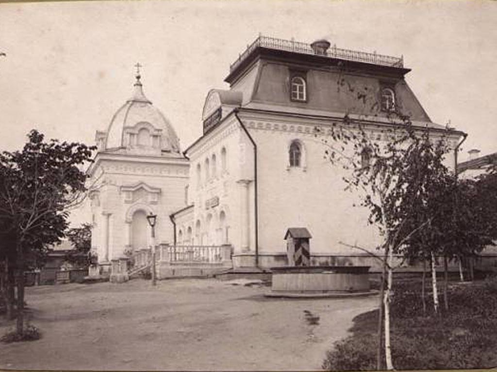 Здание народной библиотеки