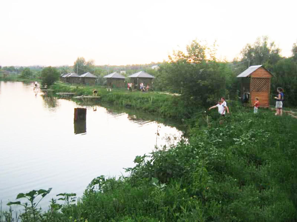 """База отдыха """"Монахов пруд"""""""