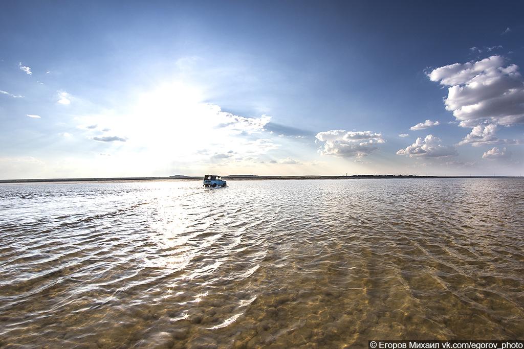 Озеро Баскунчак и гора Большое Богдо