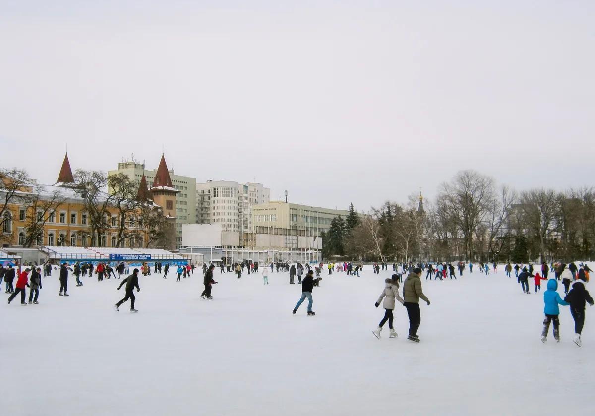 Открытые зимние общественные катки