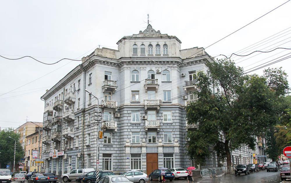Дом работников судоремонтного завода