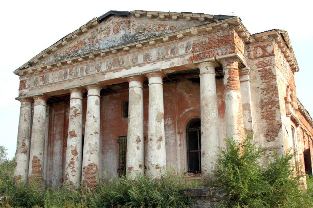 Заброшенные православные храмы Саратовской области
