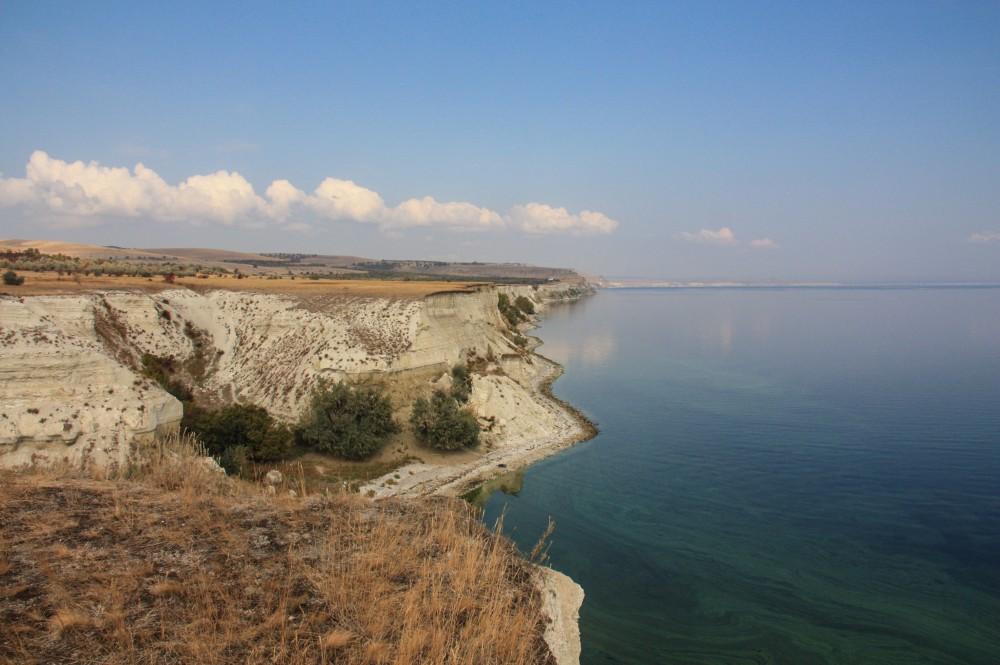 Белый берег